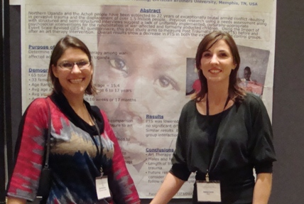 Julia and Lanie presenting their poster at the NIH meeting