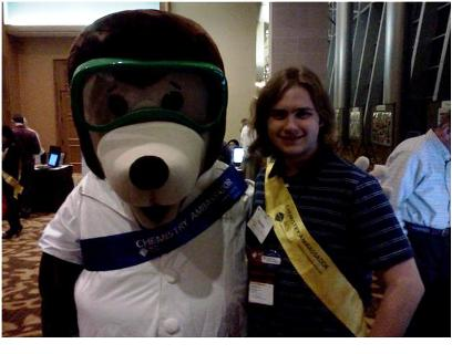 Justin Edwards at the ACS meeting with the ACS mascot